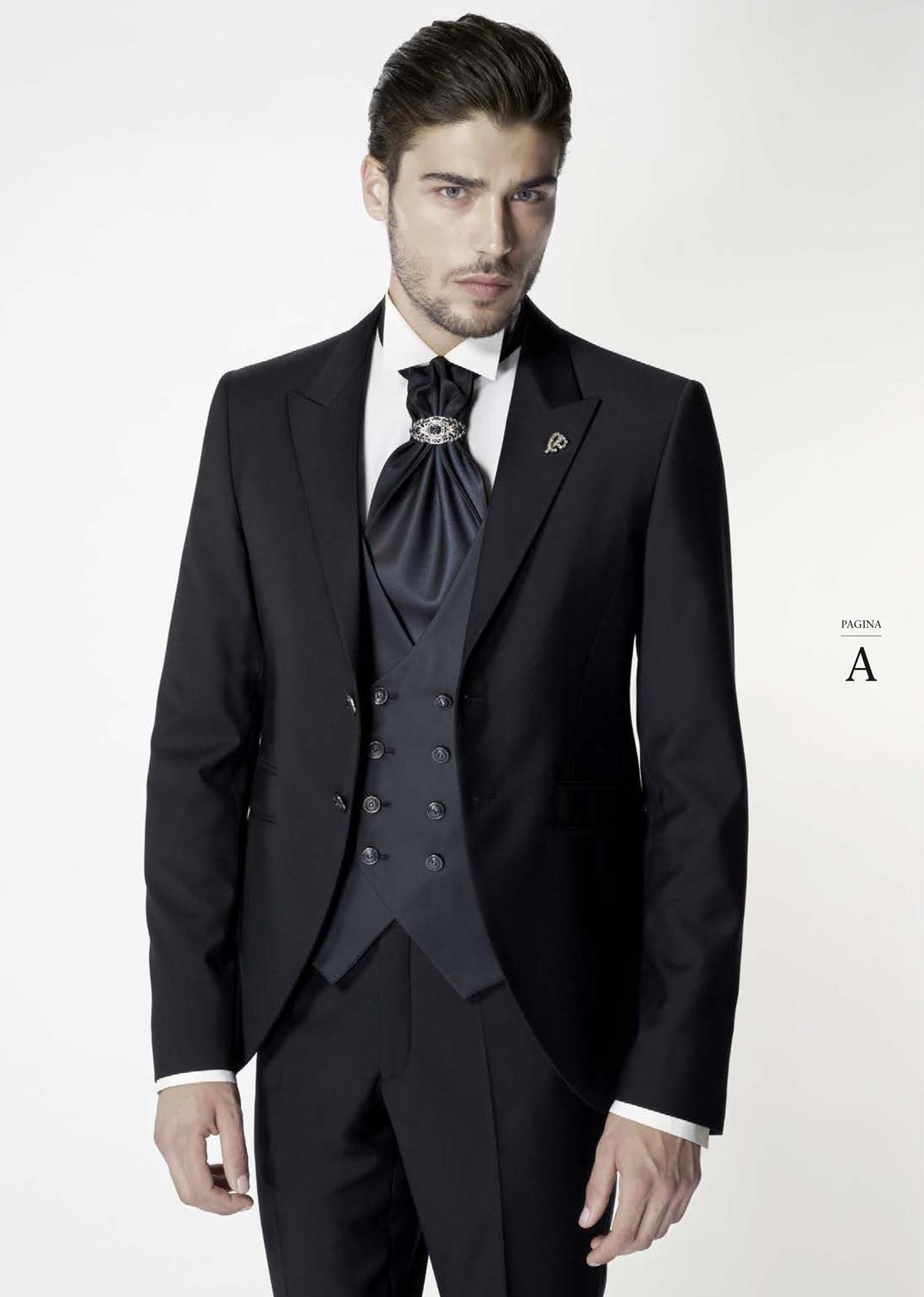 339dae6e1379 Guarda le immagini del catalogo Carlo Pignatelli. Se desideri indossare un  abito richiedi un appuntamento presso il nostro showroom a Cosenza.